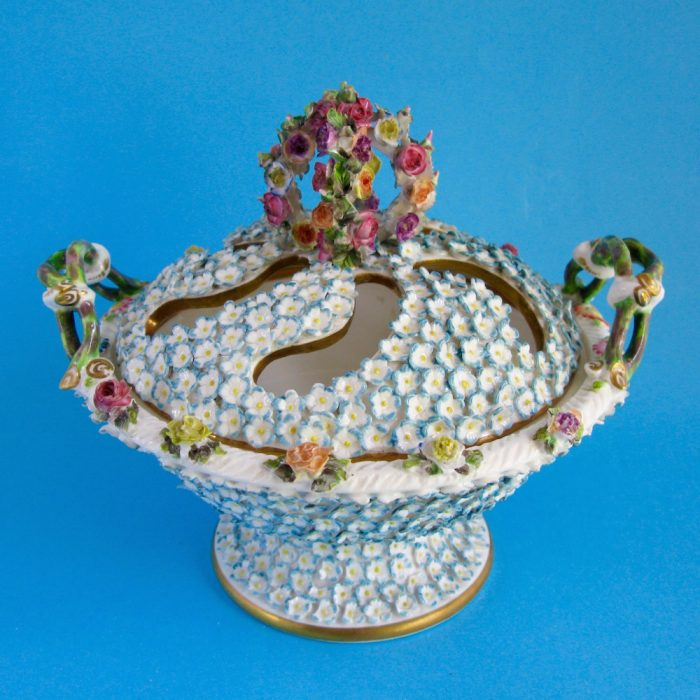 Sold – Spode pot pourri