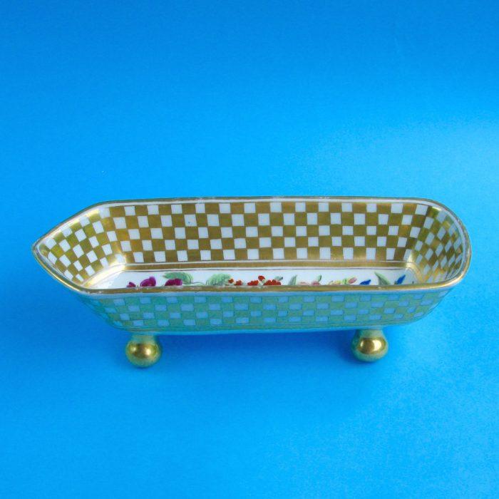 Item No. 2072 – English porcelain pen tray