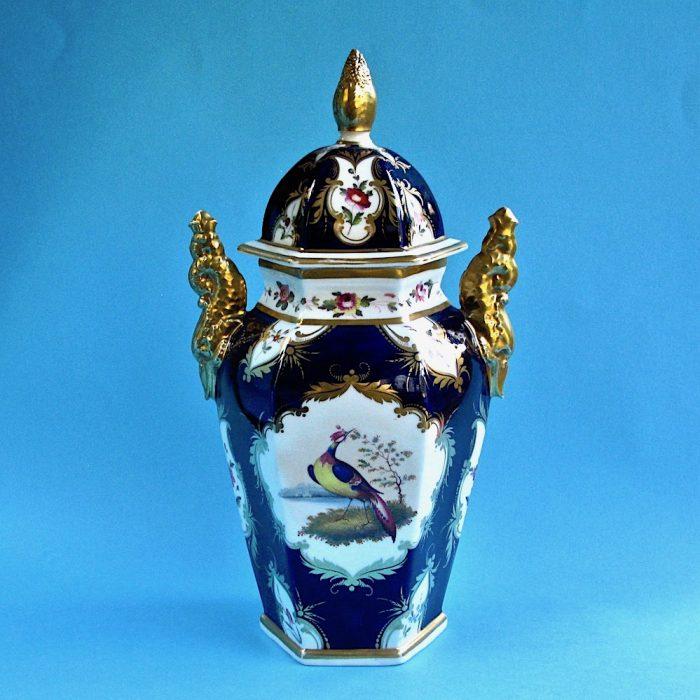 Item No. 1795 – Chamberlain Worcester vase