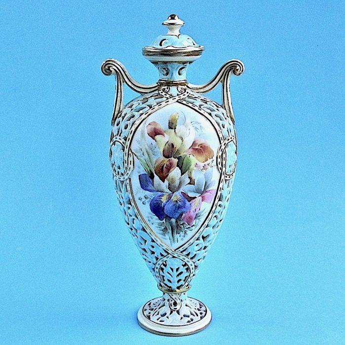 Item No. B512 – Grainger Worcester vase